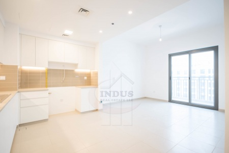 Ready and vacant 2BR Zahra @ Town Square