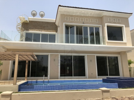 5BR+M Huge Villa in JGE - Golf Course View