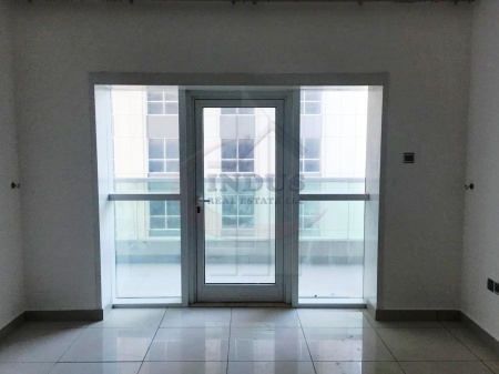 Chiller Free! Vacant High Floor Unfurnished 1BR