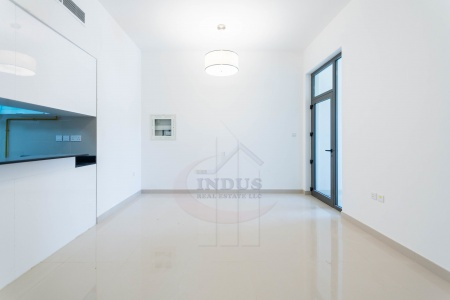 Large 1BR Apartment with Pool at AL SIMA