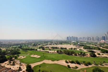 Panoramic Views of Golf Course|2BR+Study