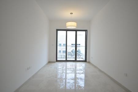 Very Spacious 1BR+M+Laundry+Terrace